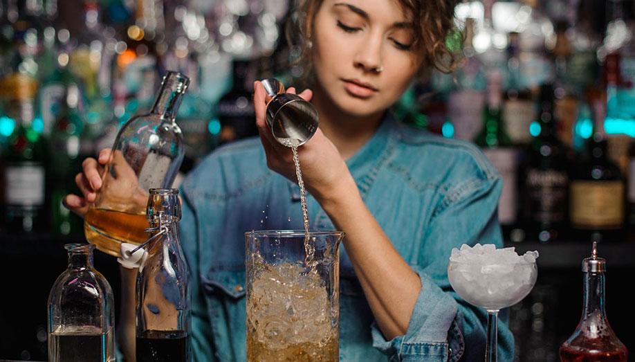 Curs-Barman-Autorizat-Calificare-diploma-HoReCa-Education